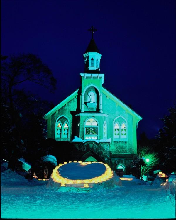 富岡カトリック教会の雪あかり 2010 ①