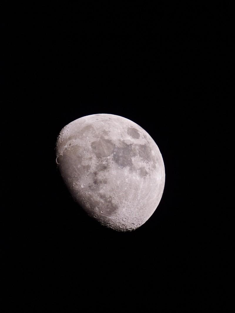moon_100424